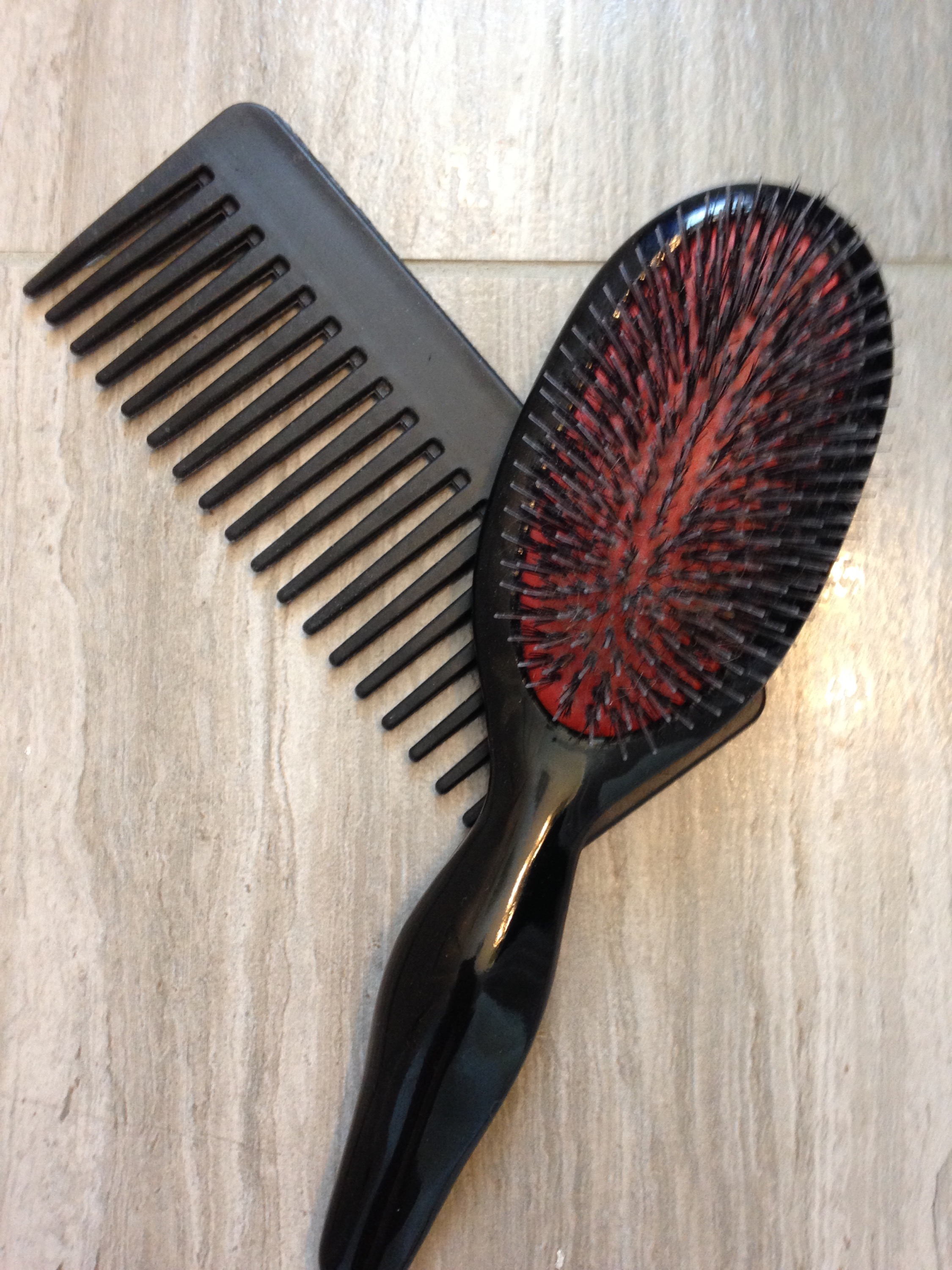 wide-tooth comb, hair brush